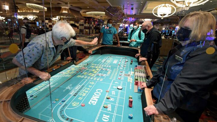 Needs To Dealing With Online Casino Take 60 Actions