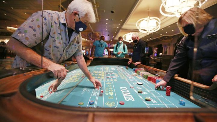 Gambling: This Is What Professionals Do