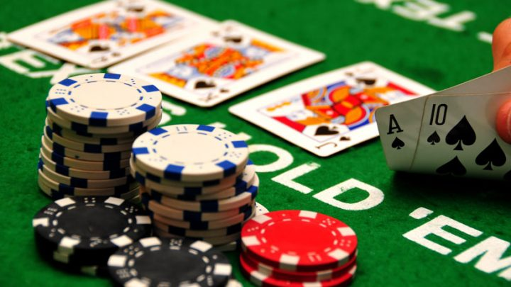 Ten Simple Ways The Pros Use To Promote Casino